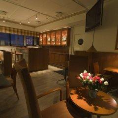 Airport Hotel Pilotti гостиничный бар