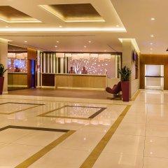 Flora Grand Hotel интерьер отеля