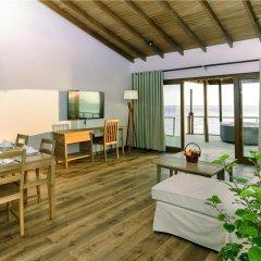 Отель Reethi Faru Resort комната для гостей фото 5
