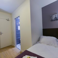 Отель Du Quai De Seine Париж комната для гостей фото 2