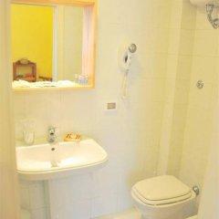 Отель La Muraglia Бари ванная фото 2