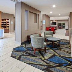 Отель Charter Inn and Suites интерьер отеля