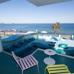 Отель Dorado Ibiza Suites - Adults Only Испания, Сант Джордин де Сес Салинес - отзывы, цены и фото номеров - забронировать отель Dorado Ibiza Suites - Adults Only онлайн балкон