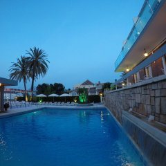 Hotel Complejo Los Rosales бассейн