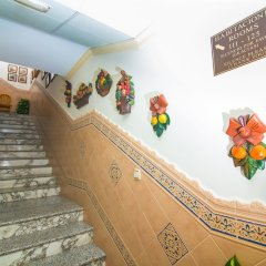 Отель Hostal Los Corchos интерьер отеля фото 6
