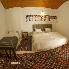 Отель Ali Baba's Guesthouse комната для гостей