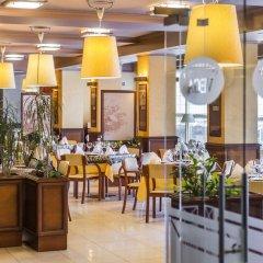 Отель Business Hotel Vega Wroclaw Польша, Вроцлав - отзывы, цены и фото номеров - забронировать отель Business Hotel Vega Wroclaw онлайн питание фото 2