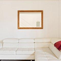 Отель Elegant Loft with balcony Италия, Милан - отзывы, цены и фото номеров - забронировать отель Elegant Loft with balcony онлайн комната для гостей фото 2