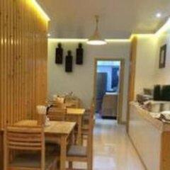 Отель Pine Lodge Мальдивы, Мале - отзывы, цены и фото номеров - забронировать отель Pine Lodge онлайн питание фото 2