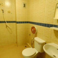 Let It Bee Econo Hostel ванная фото 2