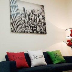 Апартаменты Horse Square Apartment комната для гостей фото 4