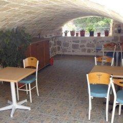 Отель Eleni Rooms гостиничный бар