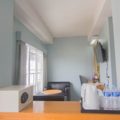 Отель Villa Cha Cha Rambuttri Бангкок удобства в номере фото 2