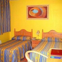 Отель CH Plaza D'Ort Rooms Madrid комната для гостей фото 2