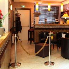 Отель Hôtel Alane гостиничный бар