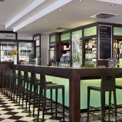 Fleming's Hotel München-City гостиничный бар