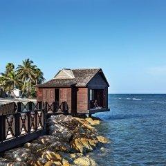 Отель Rose Hall Villas By Half Moon Ямайка, Монтего-Бей - отзывы, цены и фото номеров - забронировать отель Rose Hall Villas By Half Moon онлайн пляж фото 2