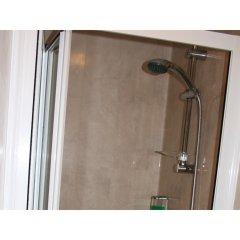 Yardley Manor Hotel ванная