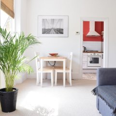 Отель 1 Bedroom Flat Next To Finsbury Park Великобритания, Лондон - отзывы, цены и фото номеров - забронировать отель 1 Bedroom Flat Next To Finsbury Park онлайн комната для гостей фото 4
