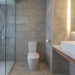 Отель Lordos Beach Кипр, Ларнака - 6 отзывов об отеле, цены и фото номеров - забронировать отель Lordos Beach онлайн ванная