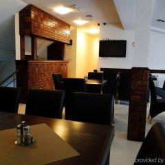 Отель Happy Star Club Сербия, Белград - 2 отзыва об отеле, цены и фото номеров - забронировать отель Happy Star Club онлайн развлечения