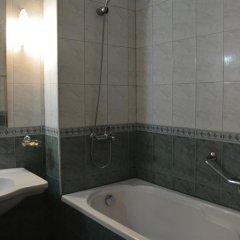 Отель Africana Болгария, Свети Влас - отзывы, цены и фото номеров - забронировать отель Africana онлайн ванная фото 2