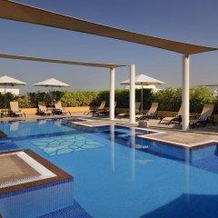 Movenpick Hotel Apartments Al Mamzar Dubai бассейн фото 3
