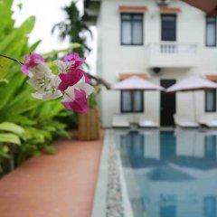 Отель Hoi An Red Frangipani Villa бассейн фото 3