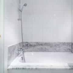 Отель Le Lavoisier Париж ванная фото 2