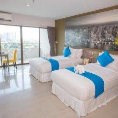 Отель R-Con Wong Amat Suite комната для гостей фото 2