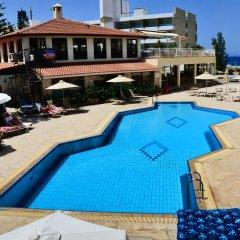 Отель Panareti Paphos Resort с домашними животными