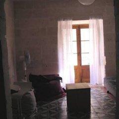 Отель V. B. Apartments Мальта, Валетта - отзывы, цены и фото номеров - забронировать отель V. B. Apartments онлайн комната для гостей фото 3