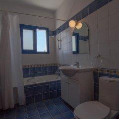 Отель Villa Saint Nikolas Кипр, Протарас - отзывы, цены и фото номеров - забронировать отель Villa Saint Nikolas онлайн ванная фото 2