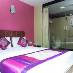 Отель OYO 173 De Nice Inn Малайзия, Куала-Лумпур - отзывы, цены и фото номеров - забронировать отель OYO 173 De Nice Inn онлайн вид на фасад