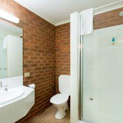 Отель Advance Motel ванная