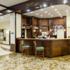 Гостиница Ринг Премьер Отель в Ярославле - забронировать гостиницу Ринг Премьер Отель, цены и фото номеров Ярославль гостиничный бар