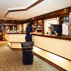 Best Western Ambassador Hotel интерьер отеля