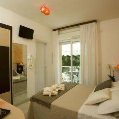 Отель Consuelo Италия, Риччоне - отзывы, цены и фото номеров - забронировать отель Consuelo онлайн комната для гостей фото 4
