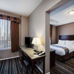 Отель Ramada by Wyndham Vancouver Downtown Канада, Ванкувер - отзывы, цены и фото номеров - забронировать отель Ramada by Wyndham Vancouver Downtown онлайн удобства в номере фото 2