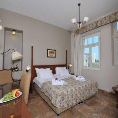 Отель Colony Хайфа сейф в номере