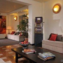 Отель Al Cappello Rosso Италия, Болонья - 2 отзыва об отеле, цены и фото номеров - забронировать отель Al Cappello Rosso онлайн интерьер отеля