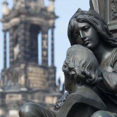 Отель Hyperion Dresden Am Schloss Германия, Дрезден - 4 отзыва об отеле, цены и фото номеров - забронировать отель Hyperion Dresden Am Schloss онлайн фитнесс-зал фото 3