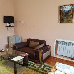 Гостиница Гюмри комната для гостей фото 6