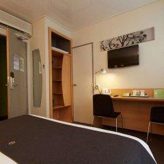Отель Campanile Paris 14 - Maine Montparnasse Франция, Париж - 3 отзыва об отеле, цены и фото номеров - забронировать отель Campanile Paris 14 - Maine Montparnasse онлайн удобства в номере
