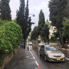 Отель Little House In The Colony Иерусалим парковка