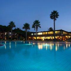Hotel Corte Rosada Resort & Spa бассейн