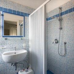 Hotel Bellini Риччоне ванная фото 2