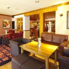 Отель Premier Inn York - Blossom St South интерьер отеля