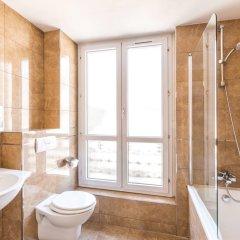 Отель Sure Hotel by Best Western Paris Gare du Nord Франция, Париж - 12 отзывов об отеле, цены и фото номеров - забронировать отель Sure Hotel by Best Western Paris Gare du Nord онлайн ванная