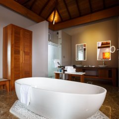 Отель Novotel Inle Lake Myat Min ванная